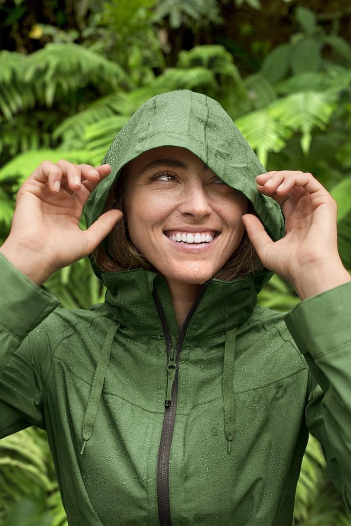 Stylish Rainwear for W...