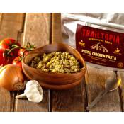 Trailtopia Food - Pesto Chicken Pasta